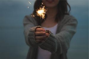 sparkler-677774_960_720